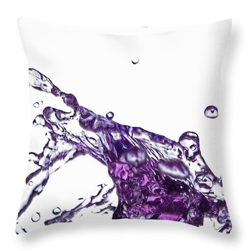 Splash 9 Throw Pillow