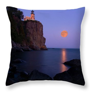 Split Rock Lighthouse - Full Moon Throw Pillow