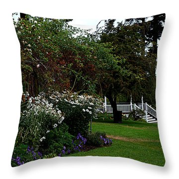 Springtime In The Park Throw Pillow