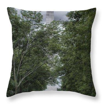 St Louis Arch Throw Pillow