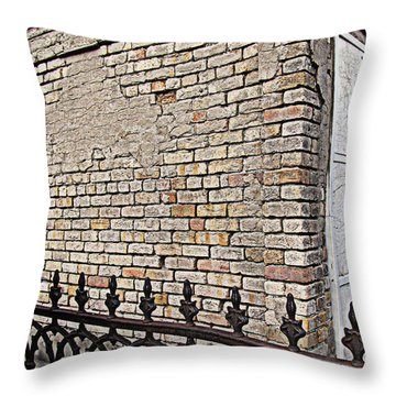 St Louis Cemetery No. 1 Throw Pillow by Beth Vincent