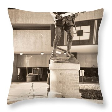 Stamford World War I Memorial Marker Throw Pillow