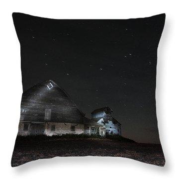 Star Barn Throw Pillow