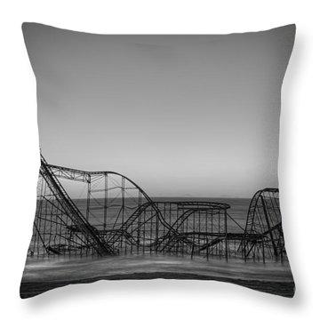 Nikon D800 Throw Pillows