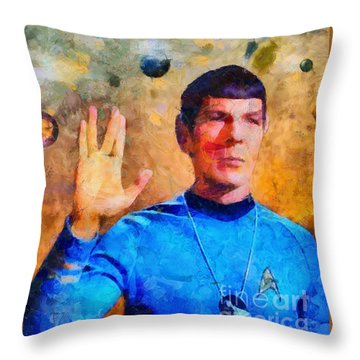 Star Trek-leonard Nimoy Throw Pillow