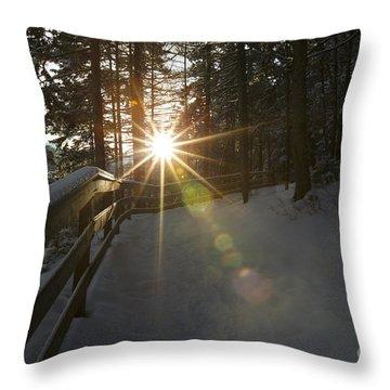 Starburst Sun Shine - Franconia Notch State Park New Hampshire  Throw Pillow by Erin Paul Donovan