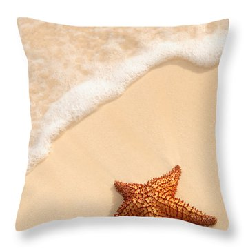 Tropical Fishes Throw Pillows
