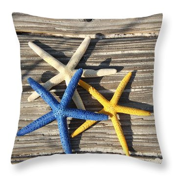 Throw Pillow featuring the photograph Starfish by Elizabeth Budd