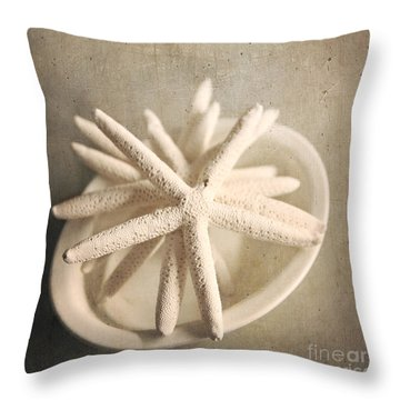 Throw Pillow featuring the photograph Starfish In A Bowl by Sylvia Cook