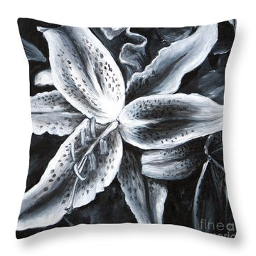 Stargazer Lilly Throw Pillow