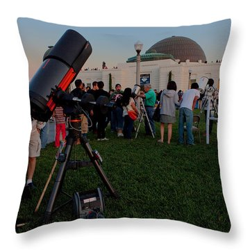 Stargazers At Dusk - Griffith Observatory Los Angeles California Throw Pillow by Ram Vasudev