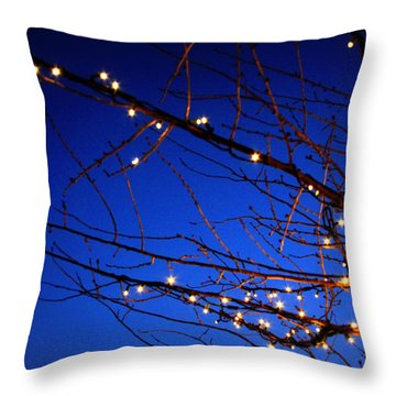 Throw Pillow featuring the photograph Stars On Branches by Aurelio Zucco