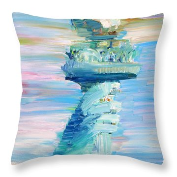 Statue Of Liberty - The Torch Throw Pillow by Fabrizio Cassetta