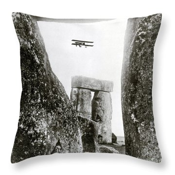 Stonehenge 1914 Throw Pillow by Science Source