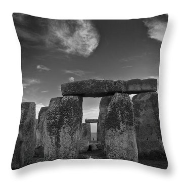 Stonehenge Historic Monument Throw Pillow