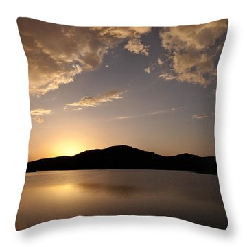 Storm Approaching At Sunset - Wichita Mountains Throw Pillow