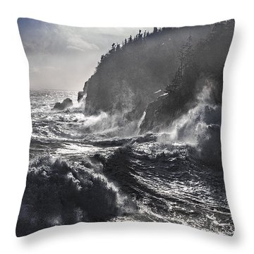 Stormy Seas At Gulliver's Hole Throw Pillow