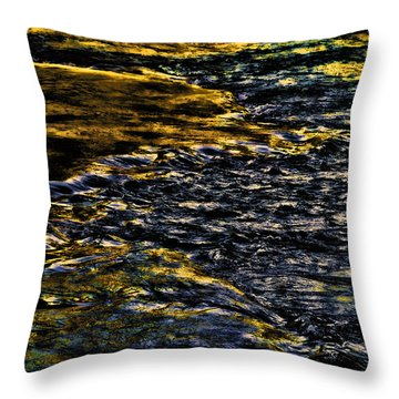Throw Pillow featuring the photograph Streaming Sensation by Steven Richardson