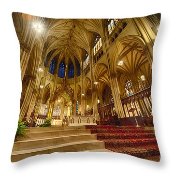 Stunning St Patricks  Throw Pillow