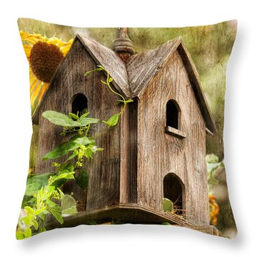 Summer Residence Throw Pillow
