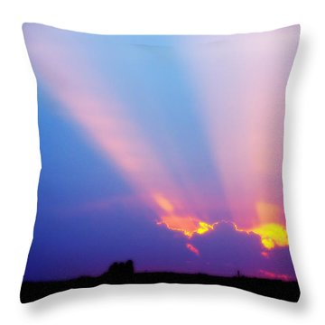 Sun Rays At Sunset Throw Pillow