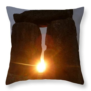 Throw Pillow featuring the photograph Sunburst by Vicki Spindler