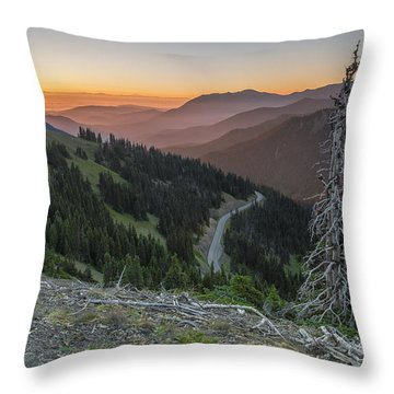 Sunrise At Hurricane Ridge - Sunrise Peak Throw Pillow