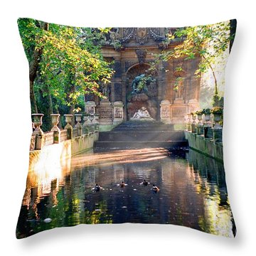 Throw Pillow featuring the photograph Sunrise In Paris by Kathy Bassett