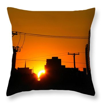 Sunrise -- My Columbia Seen Throw Pillow
