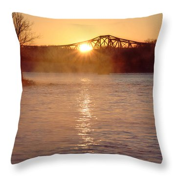 Sunrise Over Table Rock Throw Pillow