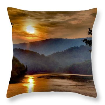 Sunset And Haze Throw Pillow