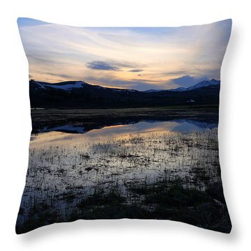 Sunset At A Lake Near Mammoth In Yellowstone Throw Pillow