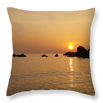 Sunset Crooklets Beach Bude Cornwall Throw Pillow