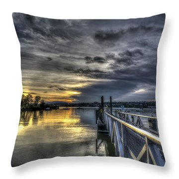 Throw Pillow featuring the photograph Sunset In Beacon Ny by Rafael Quirindongo