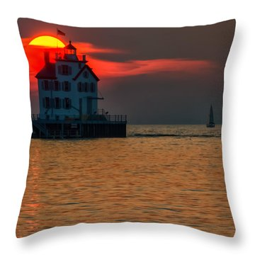 Sunset On Lighthouse Throw Pillow