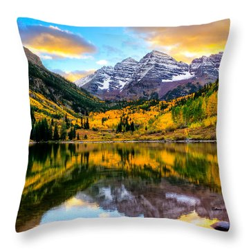 Sunset On Maroon Bells Throw Pillow