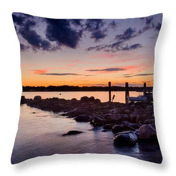 Sunset On The Rocks - Stonington Point Throw Pillow