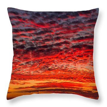 Sunset Over Saunder's Reef Throw Pillow