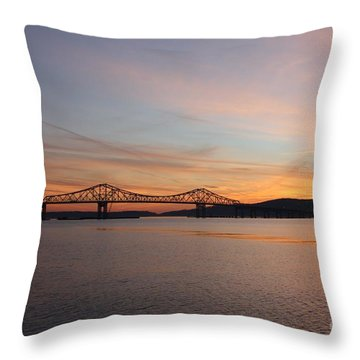 Sunset Over The Tappan Zee Bridge Throw Pillow