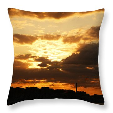 Sunset Over The Thames From Greenwich Throw Pillow