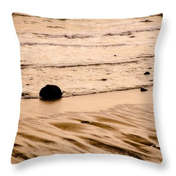 Sunset Palette Wreck Beach Throw Pillow