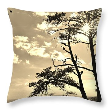 Sunset Sunburst Over Hanging Rock Nc Throw Pillow