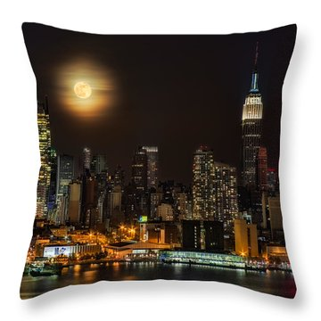 Super Moon Over Nyc Throw Pillow by Susan Candelario