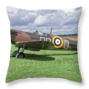 Supermarine Spitifire 1a Throw Pillow