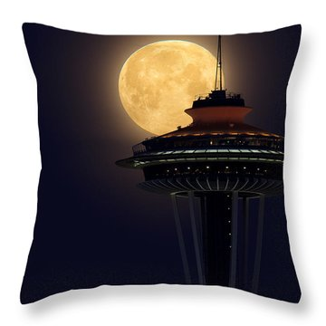 Supermoon 2012 Throw Pillow by Quynh Ton