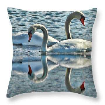 Swan Love Throw Pillow