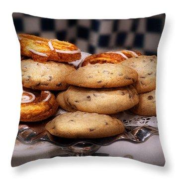 Cooky Throw Pillows