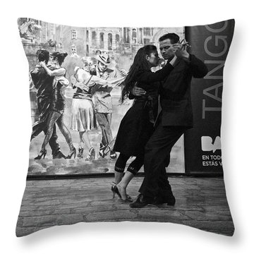Tango Dancers In Buenos Aires Throw Pillow