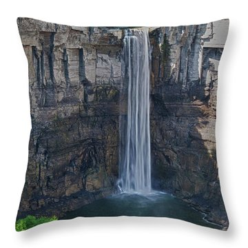 Taughannock Falls  0453 Throw Pillow