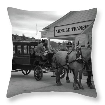 Taxi 10416 Throw Pillow